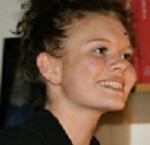 Anne Matthiesen, gymnasieelev, er Hannes niece