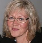 Hanne Andersen, regnskabsassistent, er en af Hannes fødselsdagsveninder. Hanne er gift med Lars Andersen